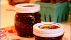 How to Make Small Batch Strawberry Jam (video)